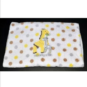 Just One You Carter's Mommy Me Giraffe Blanket